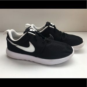 Nike Boys Sneakers Shoes Fabric Upper Size 1
